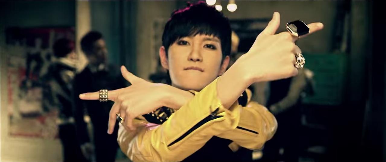 """Lee """"B-Bomb"""" Minhyuk"""