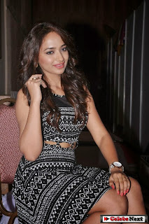 Actress Jiya  Pictures at Fashion Unlimited Life Style Expo  0125.jpg