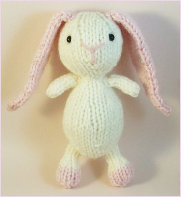 Knitted Bunnies Free Pattern : Free Easter Knitting Patterns: LITTLE SUGAR BUNNY TO KNIT