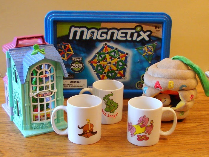 Thrift Store Fisher-Price Beanstalk House and Collectible Coffee Mugs