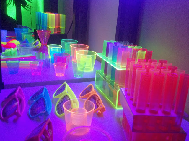 UV Reactive NEON GLOW Bar Supplies and Bar Products in Wholesale/Bulk - NightclubShop.com