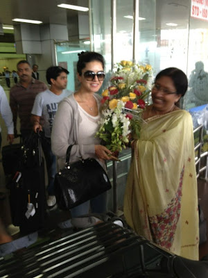 Sunny Leone at Airport