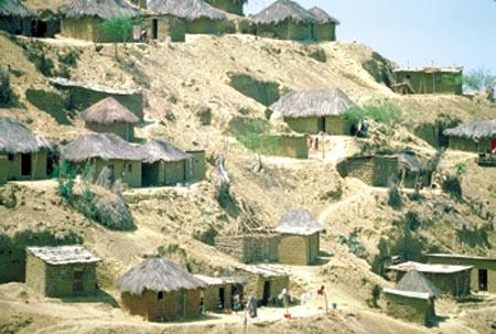 Angola - Huíla: Programa de combate à pobreza faz emergir classe empresarial no interior