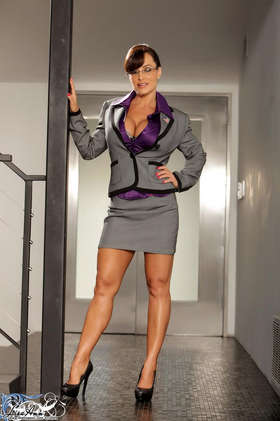 fucking of sexy hot lisa ann