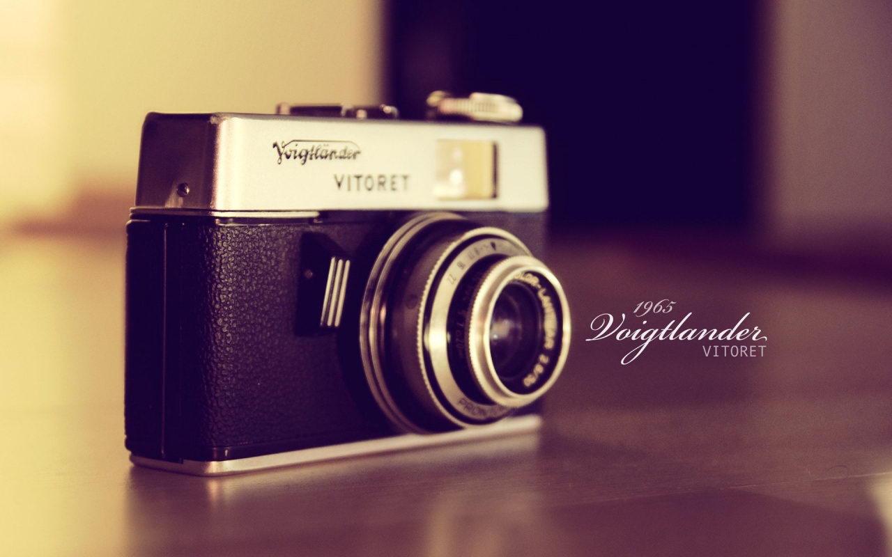 http://2.bp.blogspot.com/-GhORjI0NpxU/Ted5CihwONI/AAAAAAAAAx8/xxNg6OAQdyw/s1600/Vintage+Photography.jpg