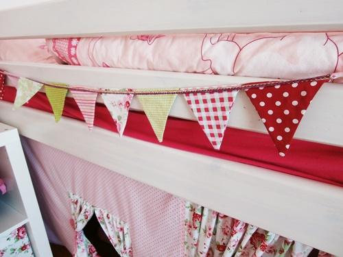 Kinderzimmer Rosa Rot Wimpelkette Nähen DIY