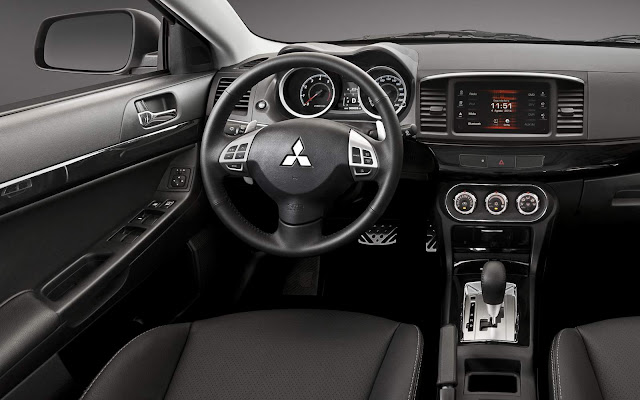 Novo Mitsubishi Lancer 2016 GT - interior