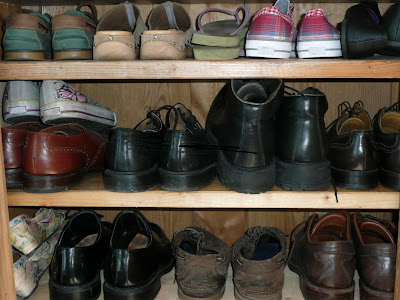 NAMC Montessori's sensitive period for order organized shoe rack