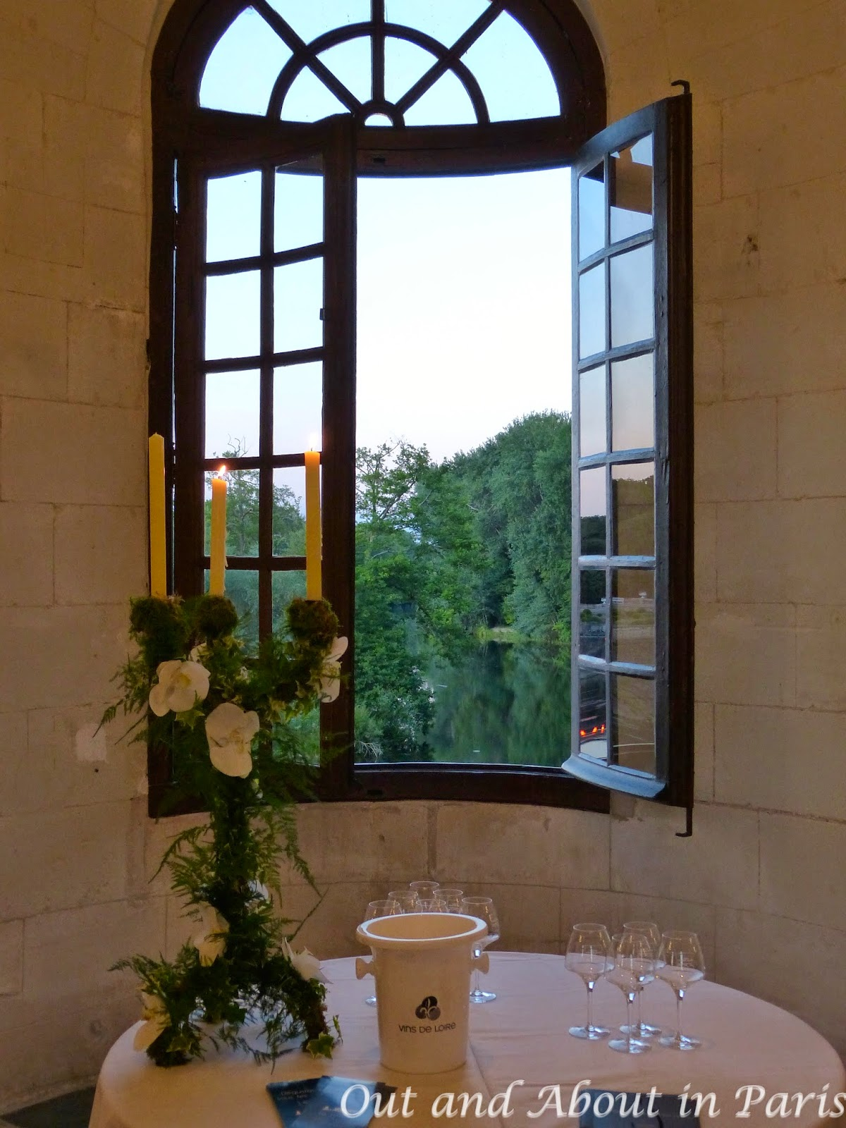 Wine tasting under the stars at the magical chteau de chenonceau to create a symbolic link between touraine chenonceaux wines and the chteau de chenonceau guests were invited to participate in a murage buycottarizona