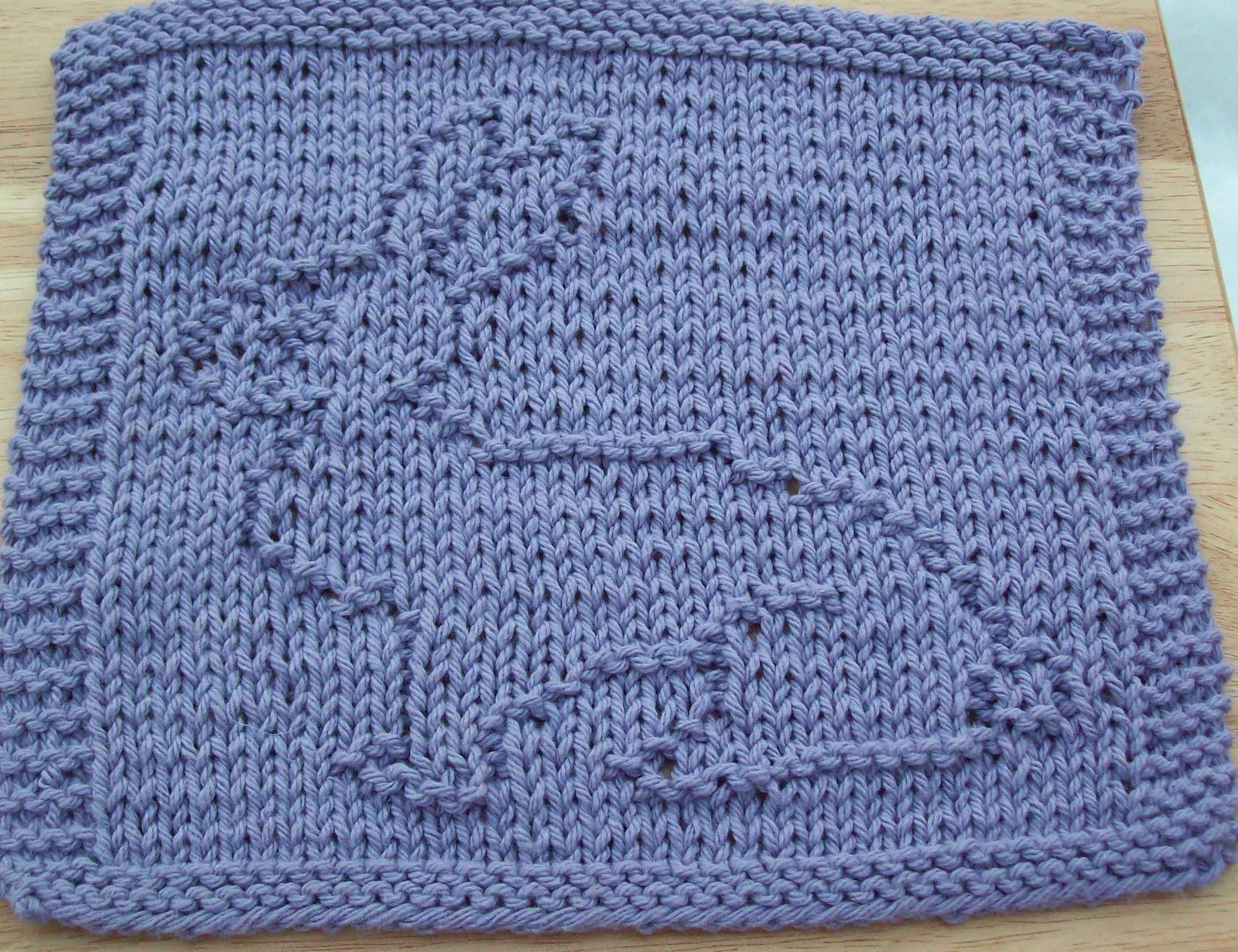 Knitted Dishcloth Patterns For Easter : DigKnitty Designs: Pretty Bunny Knit Dishcloth Pattern