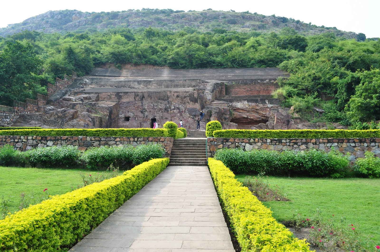 the kingdom of magadha History of india, indian history, magadha empire magadha empire  amongst the sixteen mahajanapadas, the kingdom of magadha rose to prominence under a number of dynasties that peaked in.