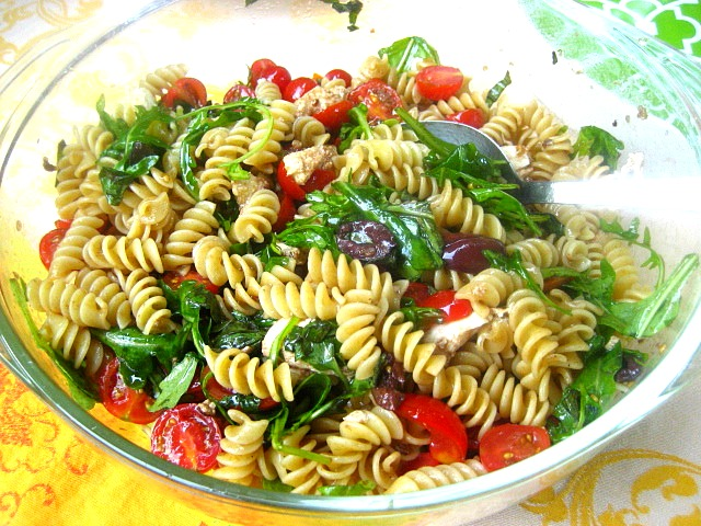 fresh tomato sauce healthy tomato sauce golden tomato sauce fusilli ...