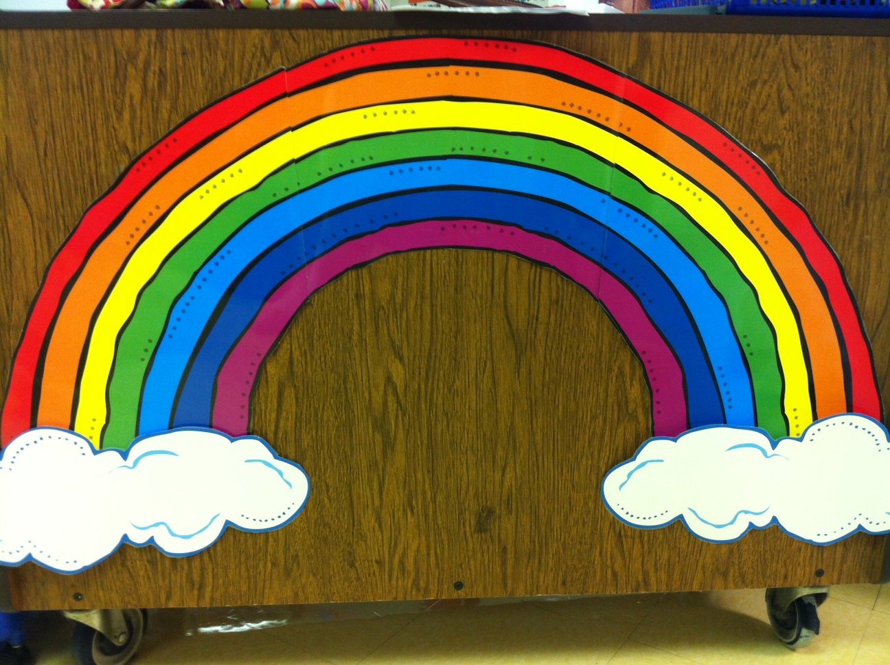 colors of the rainbow names. reading words around the rainbow colors of names