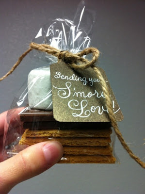 s'mores wedding favors