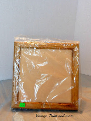 Vintage, Paint and more... DIY Dorm Decor - a recycled frame made into wall art
