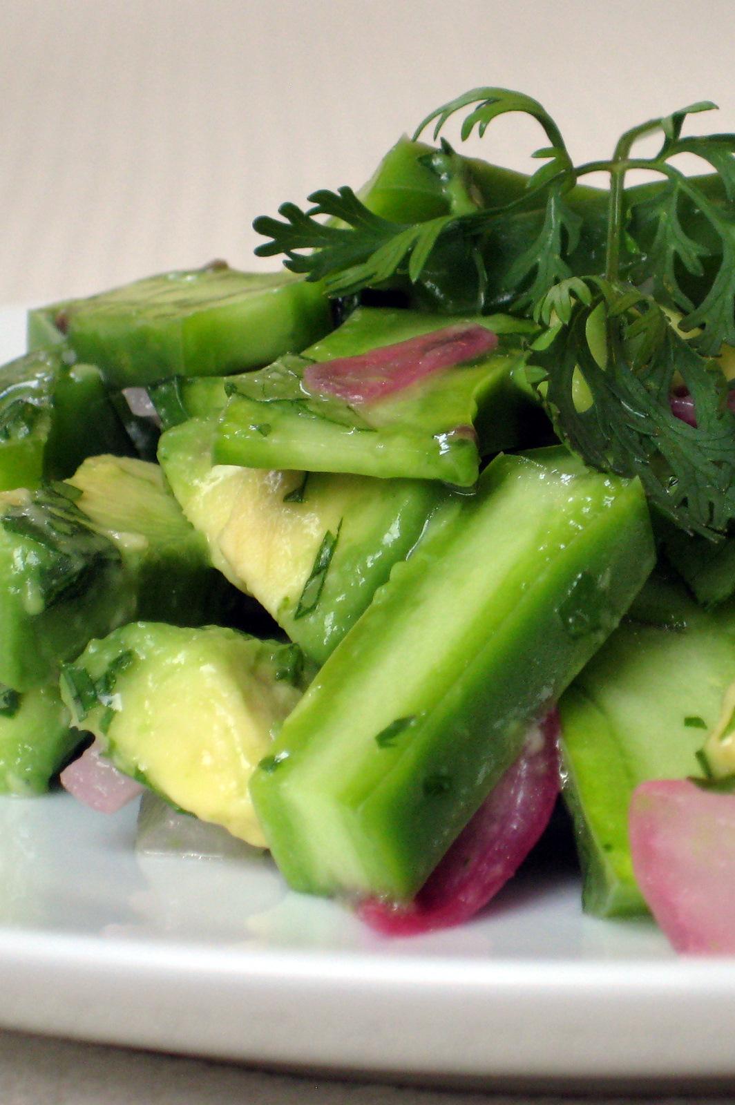 http://2.bp.blogspot.com/-GjobzpGymQk/TgIZ01Oj69I/AAAAAAAABKc/vte-1bq0VUs/s1600/finished+salad.JPG