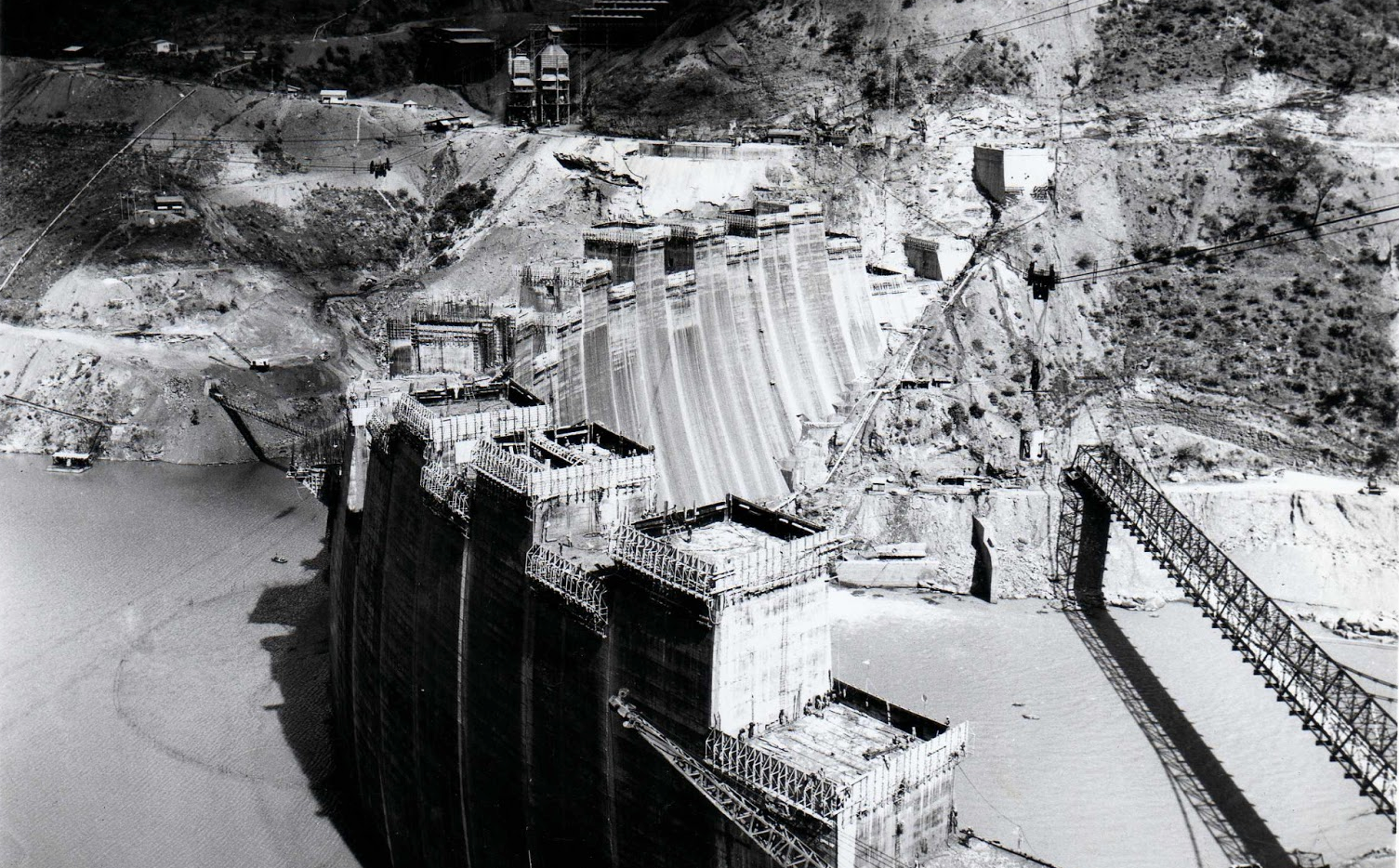 Construction of the Kariba dam wall - 1958