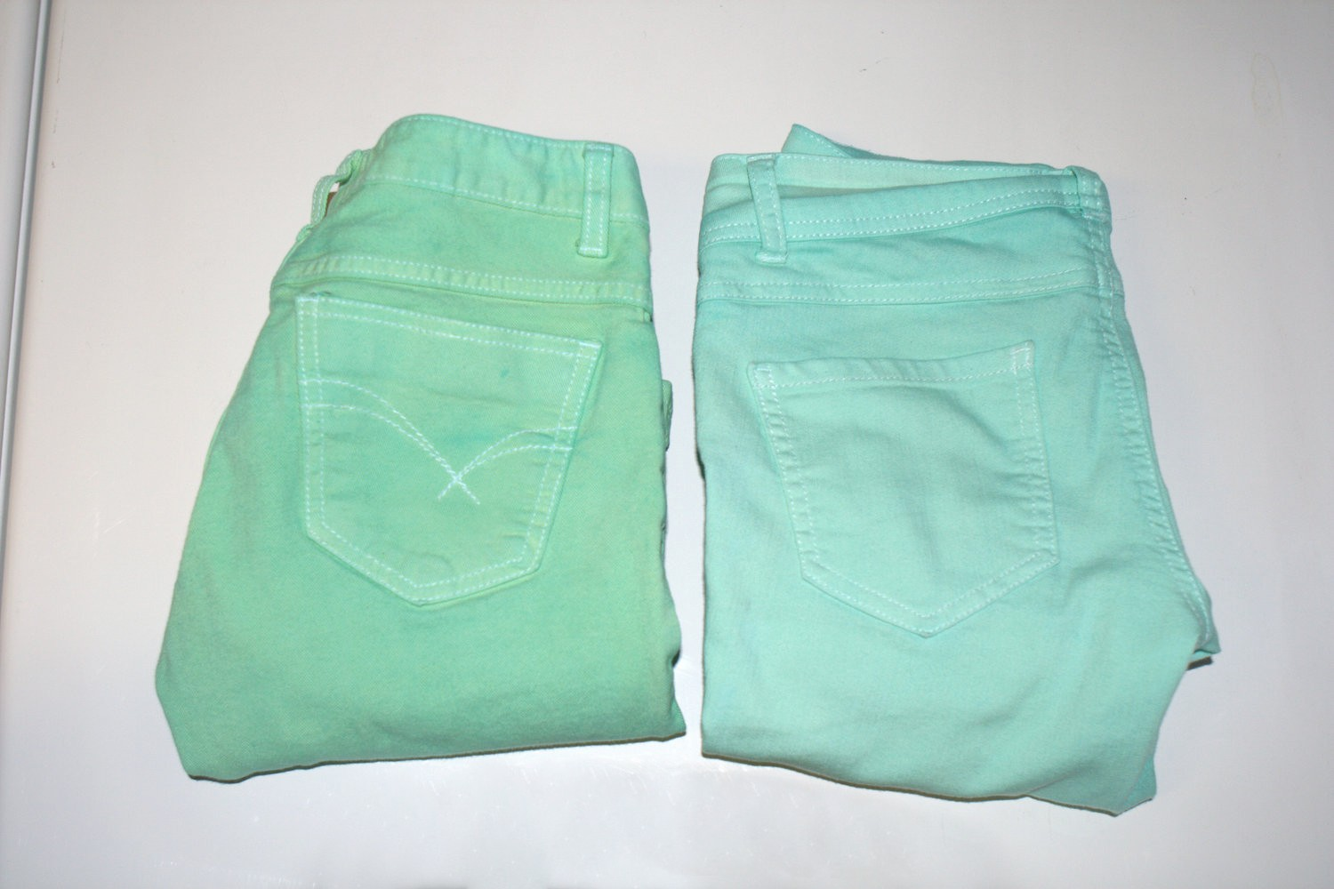 DIY Perfect Mint Color Jeans