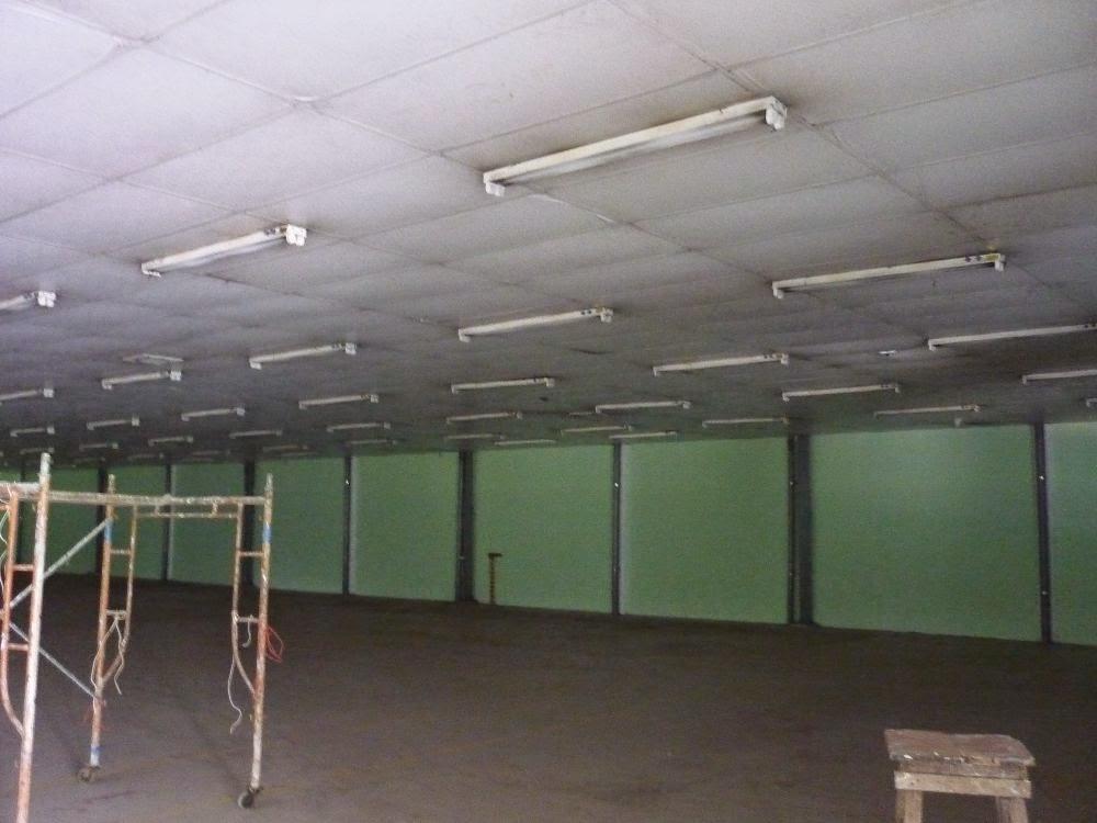 Cho thuê xưởng may 250m2 có sẵn giàn đèn nền gạch men quân 12 giá 10tr/th