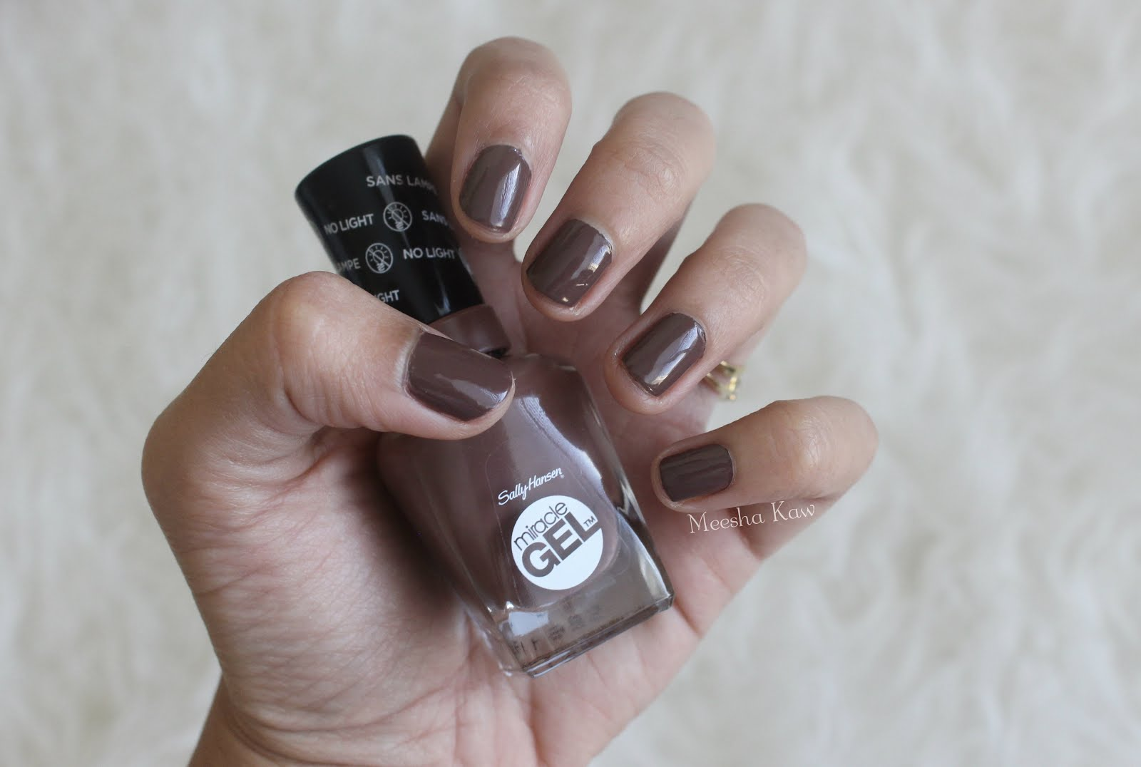 Strawberry Hearts Chocolate Darts: Sally Hansen Miracle Gel Nail ...