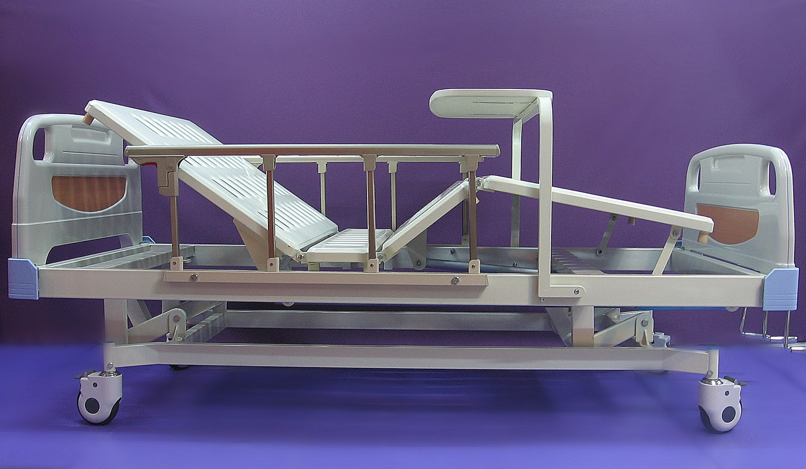 5. Hospital bed HI-LO manual three functions 三功能 手动 医院床 整張床面可調高低