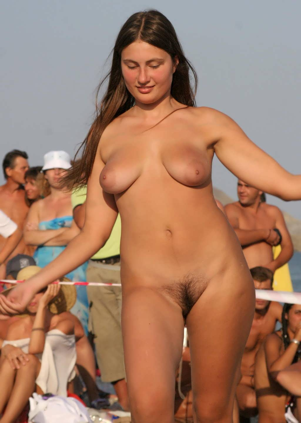Naked Women In Usa 9