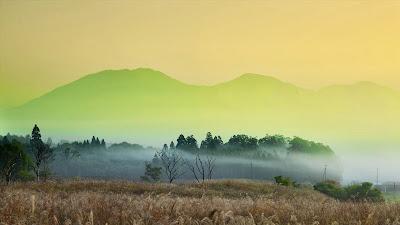Hiruzen plateau, Maniwa, Okayama, Japan (© JTB Photo/SuperStock) 430