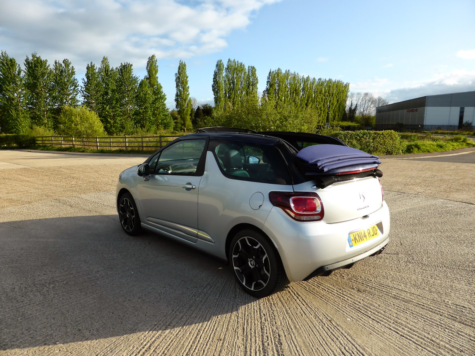 speedmonkey citroen ds3 cabrio first drive review. Black Bedroom Furniture Sets. Home Design Ideas