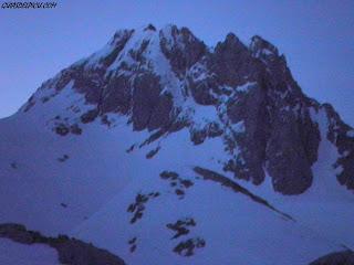 Escalar en los Picos de Europa con Guiasdelpicu.com