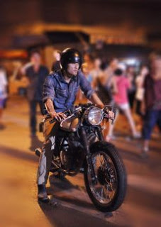 Trong thế giới ngầm tại Sài Gòn thì Chợ Lớn luôn có một vị trí cực kỳ quan trọng. Máu và nước mắt đã không ngừng đổ xuống cho những cuộc tranh quyền đoạt vị đầy khốc liệt. Và thế giới...