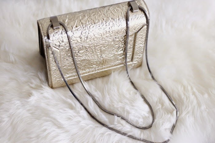 fashion blog, holiday gift shopping, holiday gift ideas, 31phillip lim Soleil mini chain shoulder bag, gold, handbag shopping, 31phillip lim
