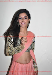 Gorgeous Isha Talwar Latest Sizzling hot navel show Stills in Transparent Saree, curvey, hot desi indian girl