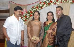 Dileep-Manju-Family Pictures-7