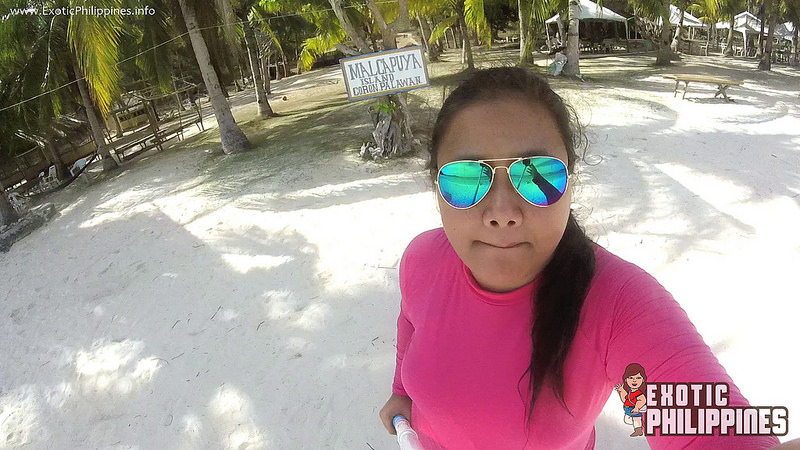 Product Review: Couple Sunnies in Blue and Pink by Eye Know Right