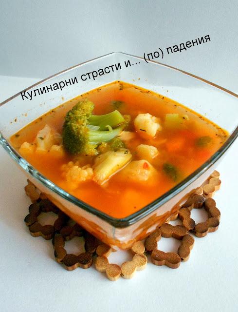 Вкусна пилешка супа с броколи и хрян