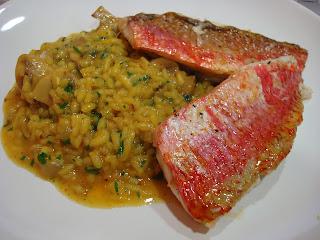 salmonetes arroz azafrán