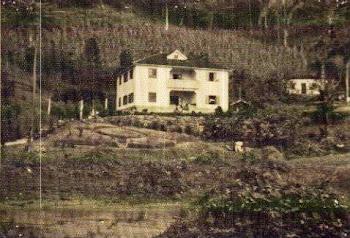 FOTO ANTIGA DA COLÔNIA DE FÉRIAS DE MORRO AZUL DE TINGUÁ.AQUI PASSEI MINHA INFÂNCIA.