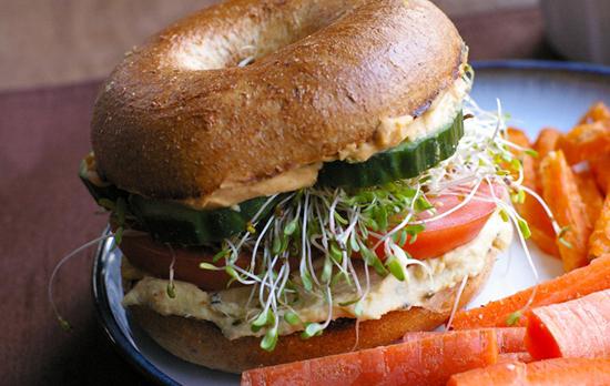 Sandwich de Hummus Vegetariano Vegano