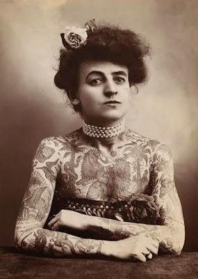 tattoo mulher vintage