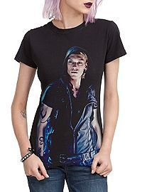 thumb+(2) - Updated City of Bones Post: Clothing Line, Trailer and Pictures!