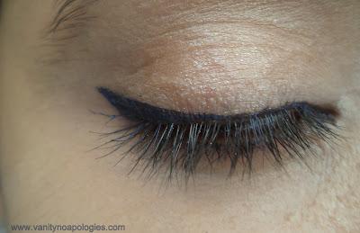 blue eye liner on eyes