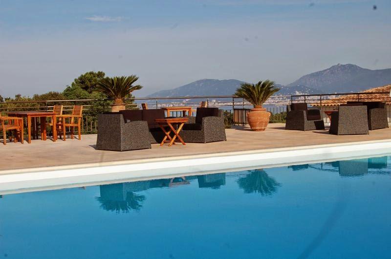 Piscine résidence Bella Vista