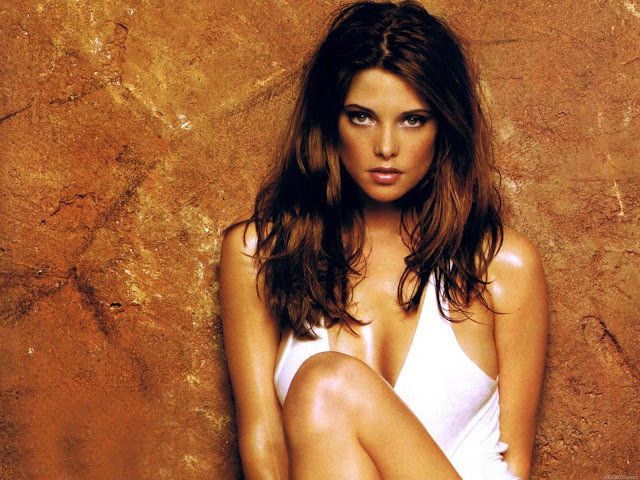 Ashley Greene Hd Wallpapers