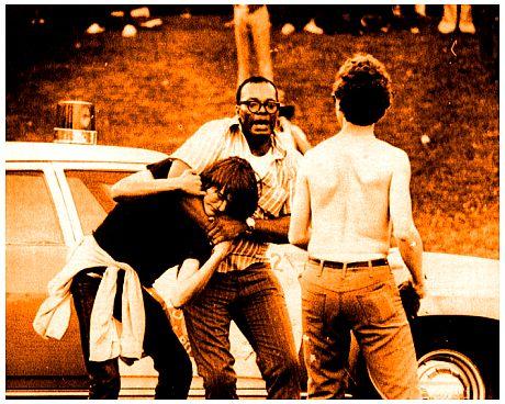 """Φασαριες στο κονσερτο του """"Sly & The Family Stone"""". ιουλιο 1970, Chicago.  006"""