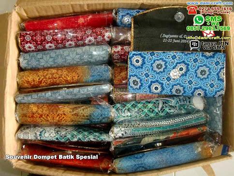 contoh dompet batik besar spesial
