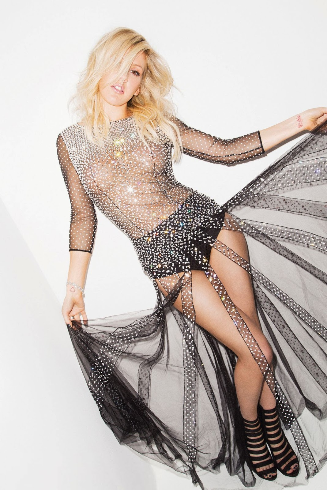 Ellie Goulding features for the Cosmopolitan May 2014 issue