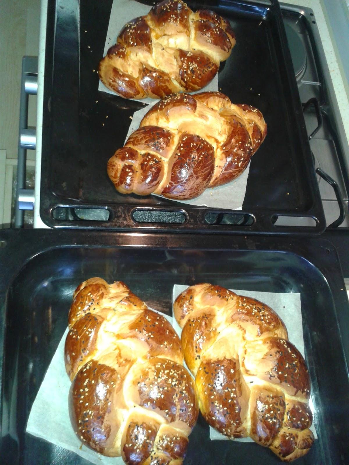 Damla Sakızlı Paskalya Çöreği Tarifi