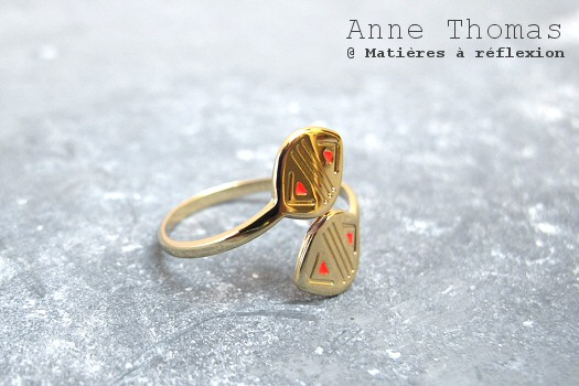 Bague Anne Thomas folk rouge fluo