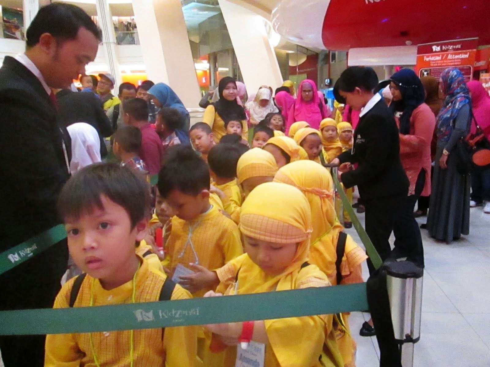 Smart Bee in KIDZANIA