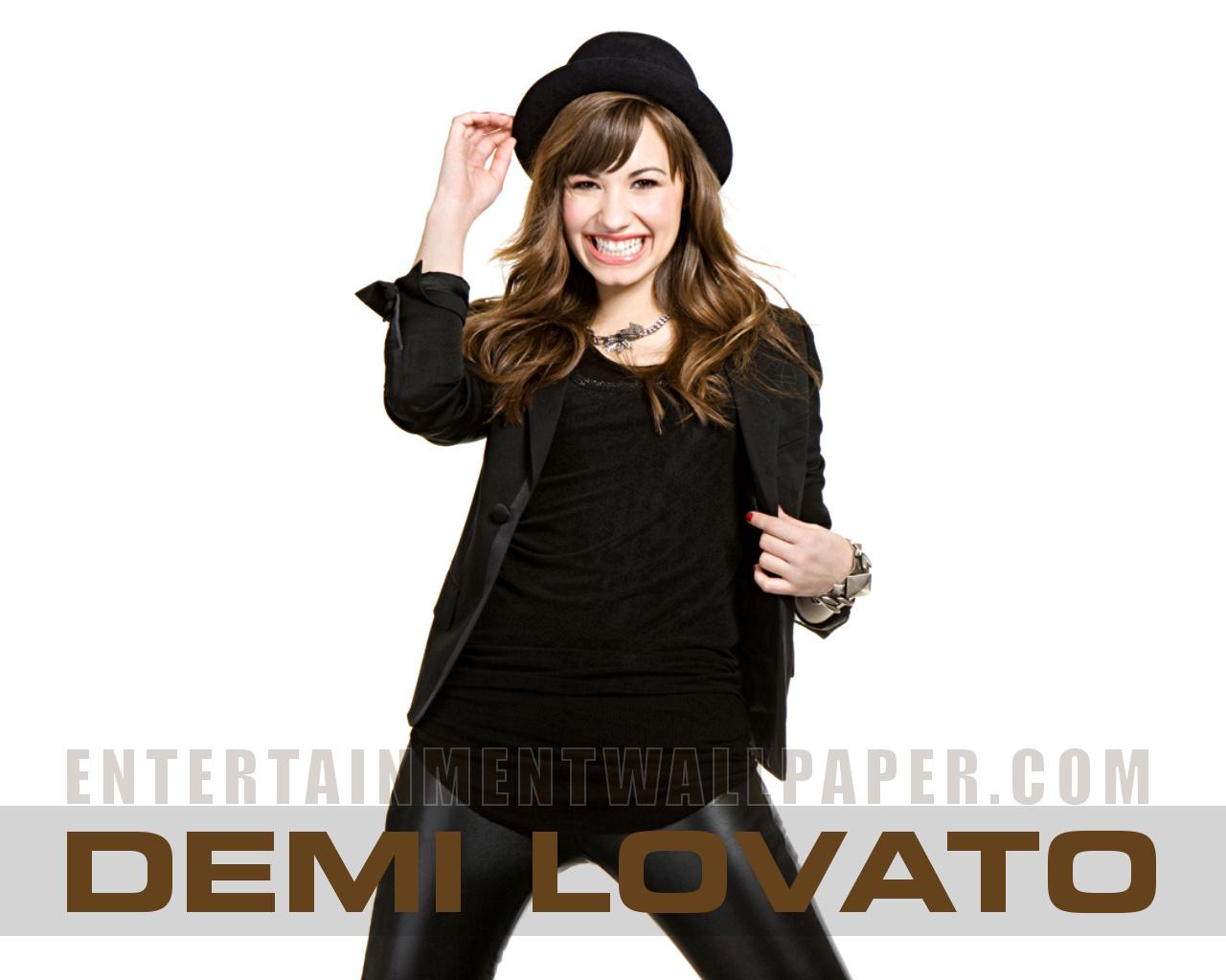 http://2.bp.blogspot.com/-GnN3JMpZ5sk/TrtWphwVqkI/AAAAAAAAAMM/i-ajC9khEgk/s1600/Demi+Lovato+Wallpaper+%25288%2529.jpg